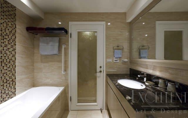 衛浴空間特別以五星級飯店的精緻作為設計藍圖,更以五件式設備安排,展現其中的舒適與大器氛圍。